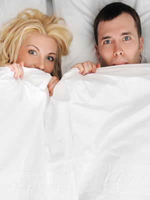 Dealing-with-Awkward-Moments-in-Bed-mdn