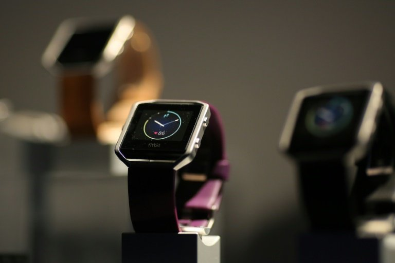 afp-fitbit-smart-fitness-watch-disappoints-market