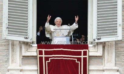 Pope Benedict XVI celebrates his last Sunday prayers before stepping down/AFP