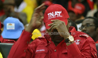As at 9am on Thursday, Kenyatta maintained the lead with 2,416,321 votes against Odinga's 1,880,908 votes/FILE