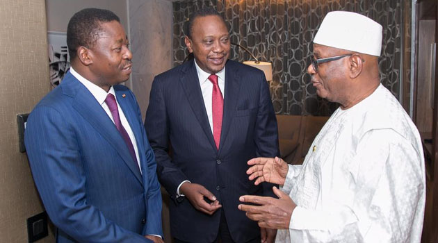 President Kenyatta met the leaders on the margins of the African Union Extraordinary Summit on Maritime Security and Safety and Development in Africa in Lome, Togo/PSCU