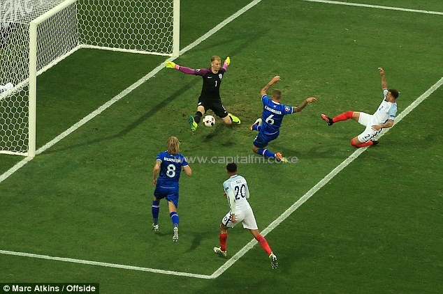 Iceland levelled just two minutes after England's opener as Ragnar Sigurdsson poked home from close range. PHOTO/DM.