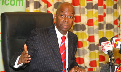 BOB-COLLYMORE-OFFICE3