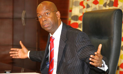 BOB-COLLYMORE-OFFICE-2