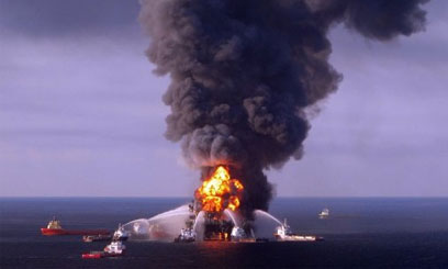 OIL-RIG-FIRE