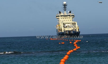 FIBRE-CABLE-LAYING