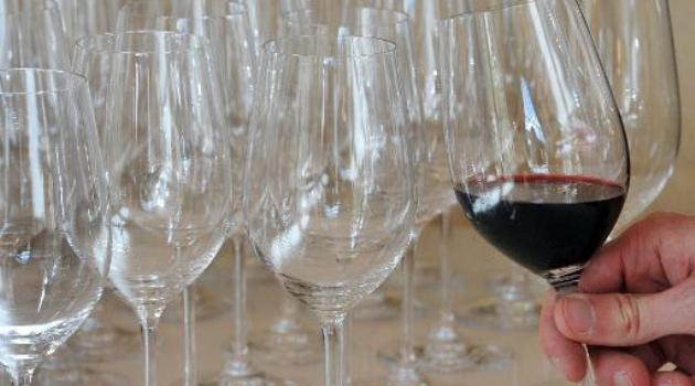 China recognises Bordeaux wine in bid to fight fakes/AFP