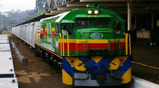 RVR-GOODS-TRAIN