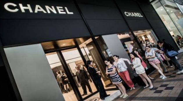 China shoppers gain appetite for Chanel on euro drop/AFP