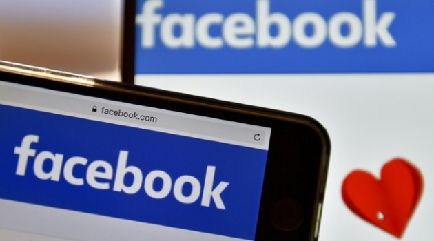 Facebook moves to make more video ad money - Capital Business
