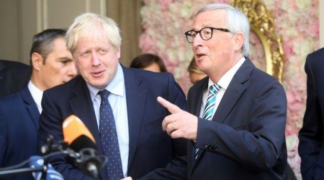 Johnson Junker 1 - Johnson the Brexit 'Hulk' finally meets EU's Juncker