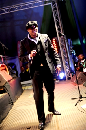 Donell Jones in concert in Nairobi Kenya photographed by Susan Wong Dec 2011
