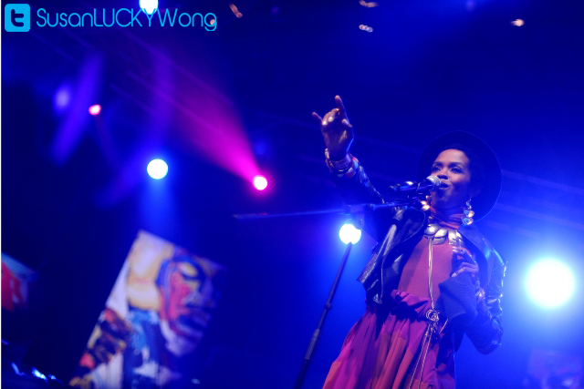 Lauryn Hill at Cape Town Jazz Festival photographed by Susan Wong 2012