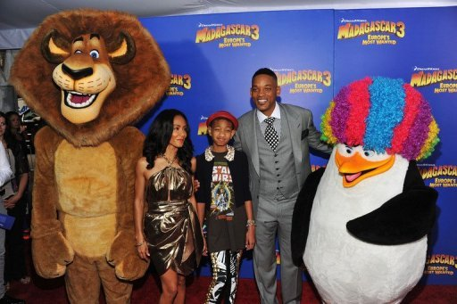 "Jada Pinkett Smith, Willow Camille Reign and Will Smith attend the ""Madagascar 3: Europe's Most Wanted"" New York premiere at Ziegfeld Theatre on June 7 in New York City. ""Madagascar 3: Europe's Most Wanted"" and ""Prometheus"" leapfrogged a fairy tale to take the top spots in the North American box office charts over the weekend, industry estimates showed. (AFP Photo/Larry Busacca)"