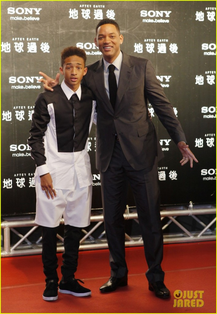 Will Smith And His Son Jaden Smith Meet With Fans