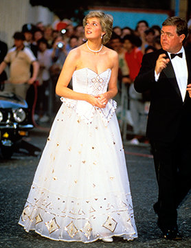 princess-diana-s-fairy-tale-dress_GB