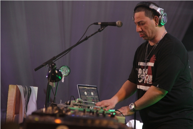 DJ Kid Capri on set