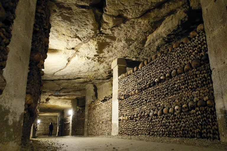 afp-airbnb-offers-night-in-paris-catacombs-for-halloween