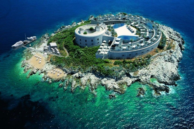 afp-montenegro-to-turn-ex-concentration-camp-into-luxury-hotel