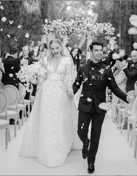 sophie and joe - Check out Sophie Turner's Stunning Wedding Gown
