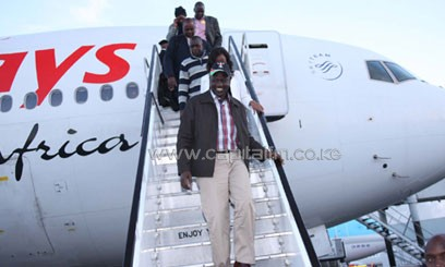 Ruto landed at the Jomo Kenyatta International Airport at 6.30am accompanied by his wife Rachel/DANIEL ONYANCHA-DPPS