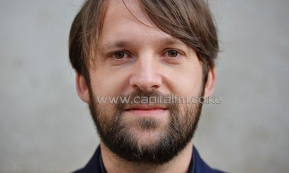 Noma founder Rene Redzepi poses for photographers ahead of the World's 50 Best Restaurants Awards ceremony at London's Guildhall on April 29, 2013/AFP