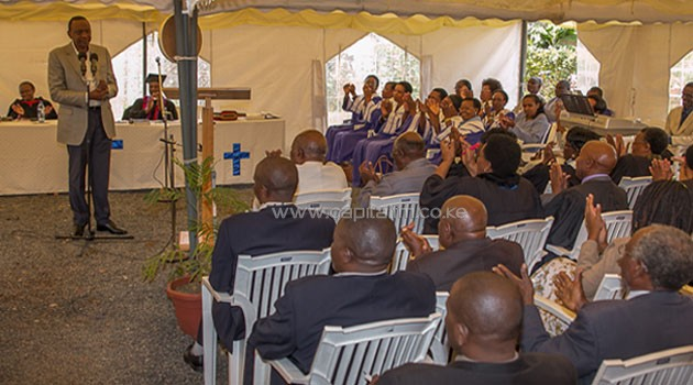 Speaking on Sunday morning when he joined worshippers for a service at the church, President Kenyatta said he was aware of the land issue since his time as Minister of Local Government.