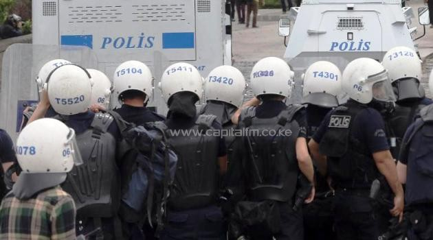 Turkish police face protesters in Ankara on May 14, 2014. Turkish authorities have arrested 55 senior police officers in a criminal probe over alleged corruption and abuse of office/AFP