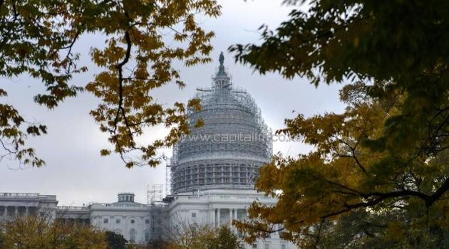 A view of the US Capitol Building on November 12, 2014 in Washington, DC/AFP