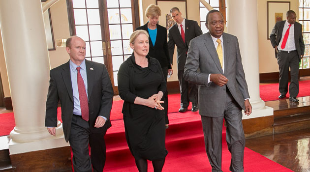 President Kenyatta with Senators Kristen Gillibrand and Christopher Coons after holding talks at State House, Nairobi/PSCU