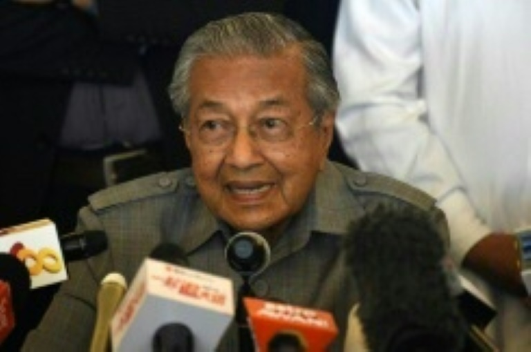 Malaysian PM Mahathir vows to review 'fake news' law