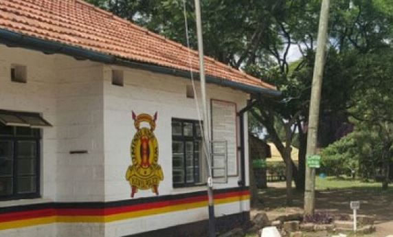 police station - Fist fights as KDF soldiers storm Langata Police Station to rescue colleague » Capital News