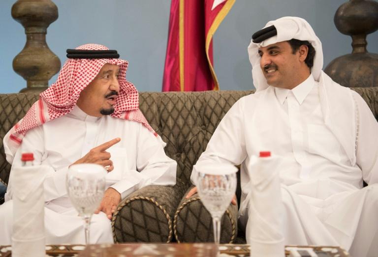 Saudi crown prince embraces Qatar at summit to heal Gulf rift » Capital News