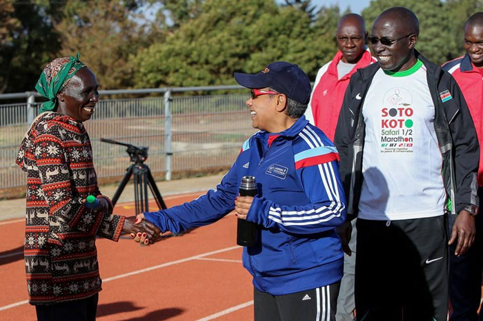 FIRST-LADY-ITEN