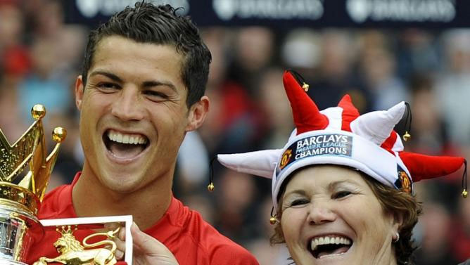 The mother of Cristiano Ronaldo, the highest-paid footballer in the world, was stopped by Spain's civil guard from returning home to Portugal with 55,000 euros in her handbag.