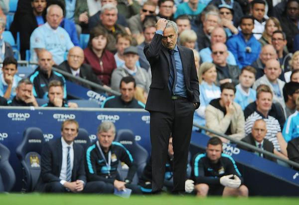 Chelsea manager Jose Mourinho reacts during the English Premier League soccer match between Manchester City and Chelsea at Etihad Stadium, Manchester, Britain, 16 August 2015. PHOTO/EFE