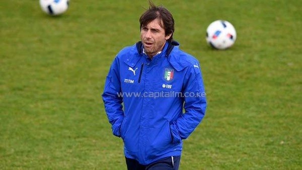 Antonio Conte Arrives in England Ahead of Reported Meeting With Chelsea Officials