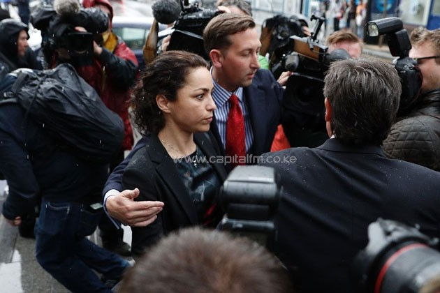 Former Chelsea doctor Eva Carneiro (centre) leaves Croydon Employment Tribunal in south London, on June 7, 2016 (AFP Photo/Adrian Dennis)