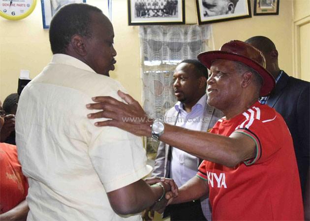 Uhuru Kadenge - President Uhuru leads Kenyans in Mourning legendary Kadenge