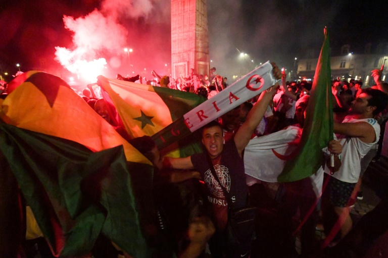 db17353bc7ec212c029a147b03d06b1efbc4731a - 282 held over unrest in France after Algeria football win