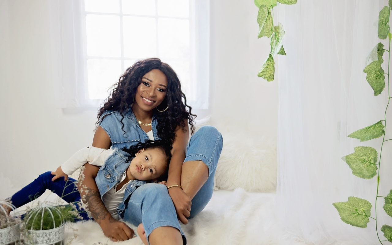 Zinhle-and-daughter