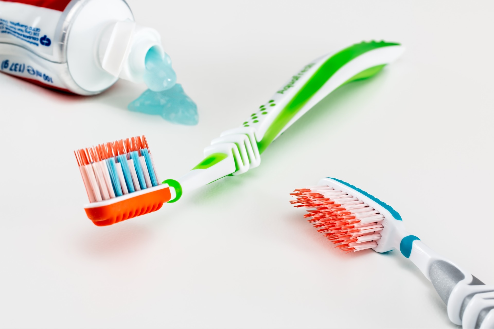 Toothbrush-and-Toothpaste